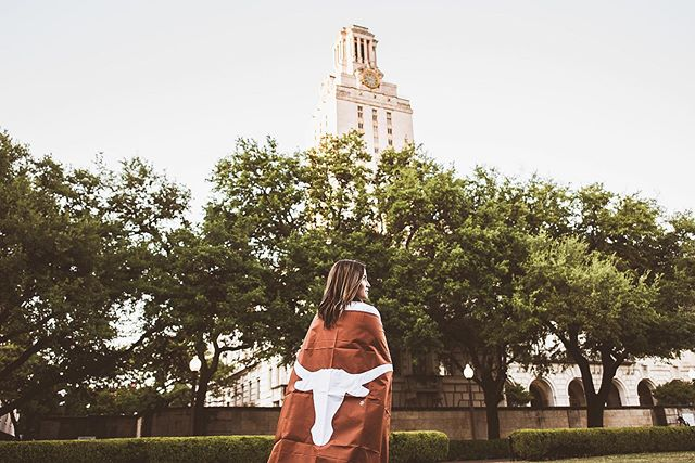 """What we learn with pleasure we never forget.""—Alfred Mercier 🎓Shoutout to all my 2019 Grads! More photos from Sophia's grad session in the highlights! • • • • #graduationpictures #graduationphotoshoot #graduationphotography #graduation #grad #graduates #graduating #gradstudent #graduate #austintexas #texasphotographer #austinphotographer #austintx #austin #utaustin #uni #universityoftexasataustin"
