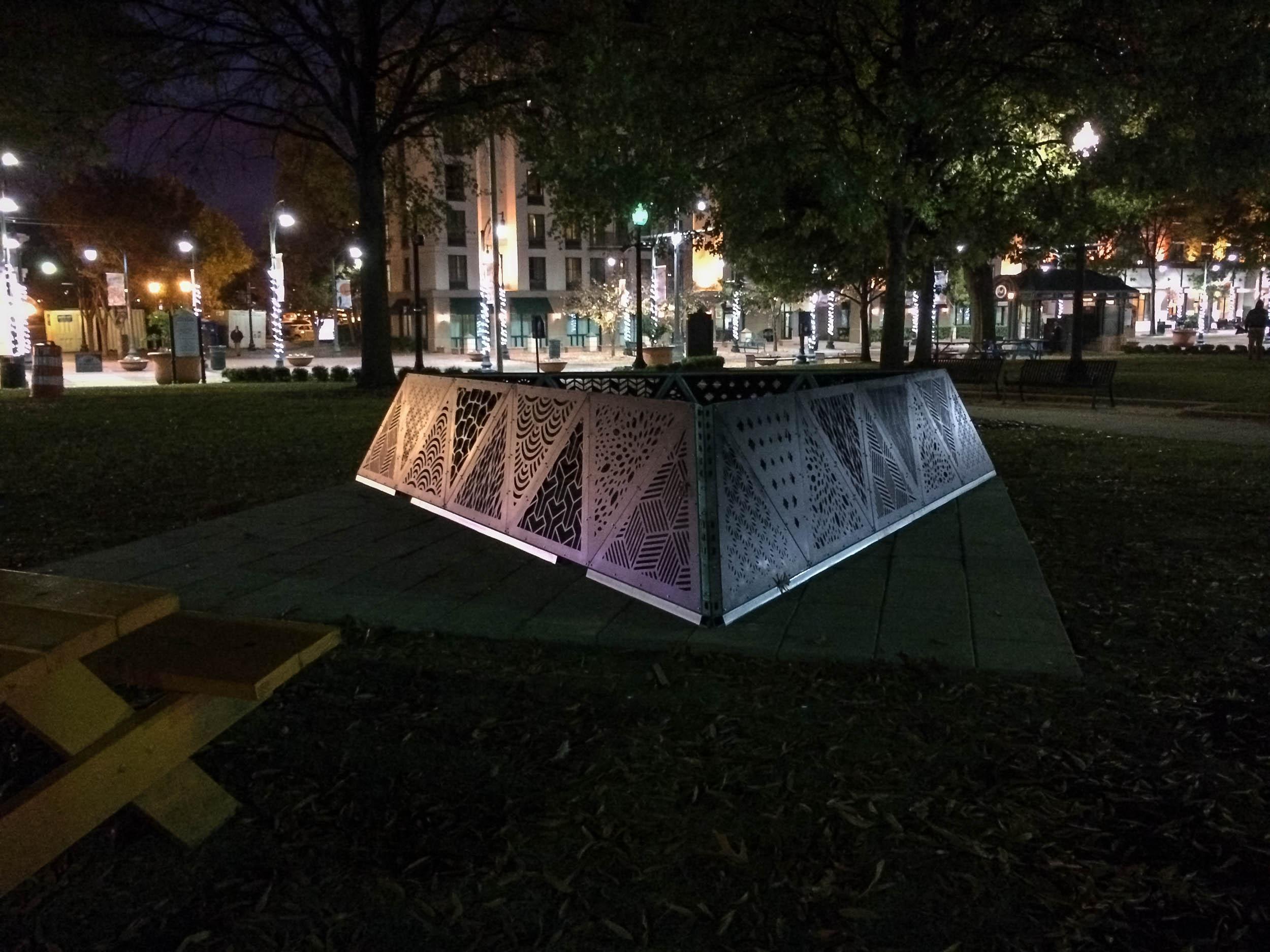 MOD 1 Tetrahedron Downtown Installation 0006.jpg