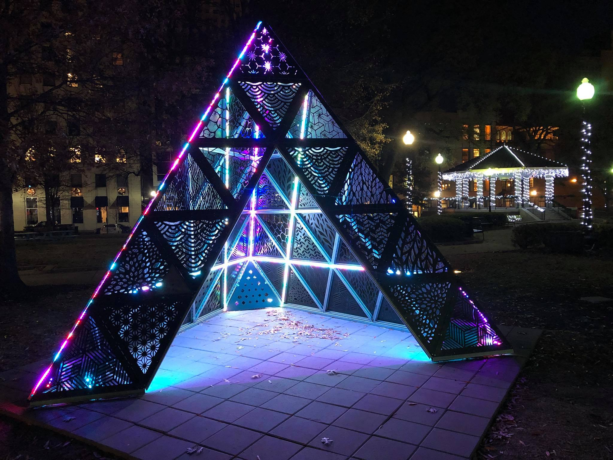 MOD+1+Tetrahedron+by+Christopher+Reyes+in+Court+Square+Downtown+Memphis,+TN.jpg