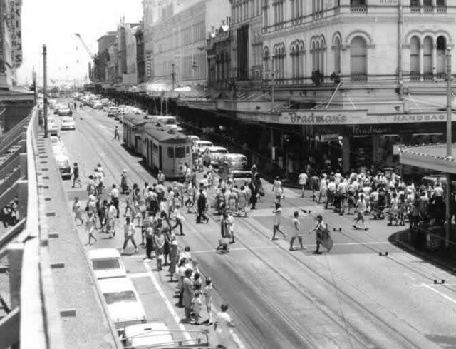 post_trams_19_Brisbane circa late 1960s_fixed
