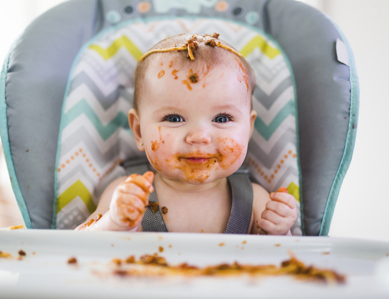 Experts Advise: Baby Should Be Sitting When Transitioning To Solids