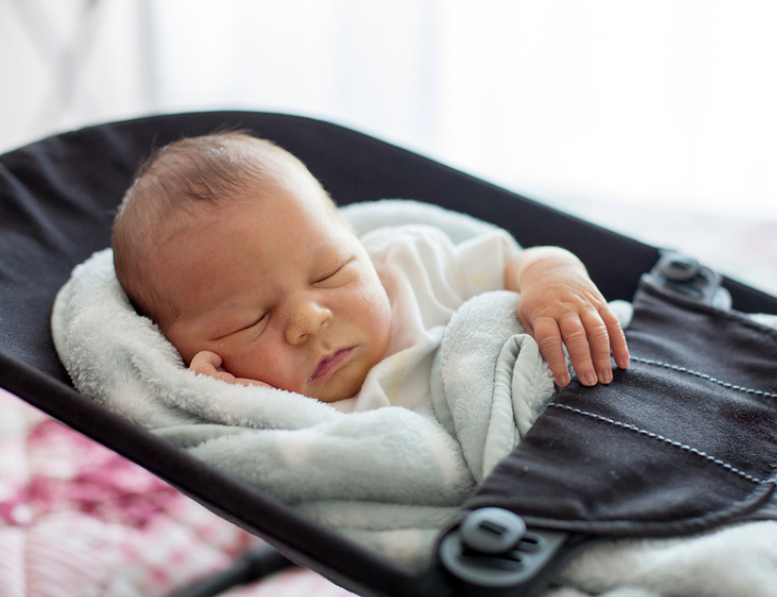 Study Warns Against Infants Sleeping In Car Seats