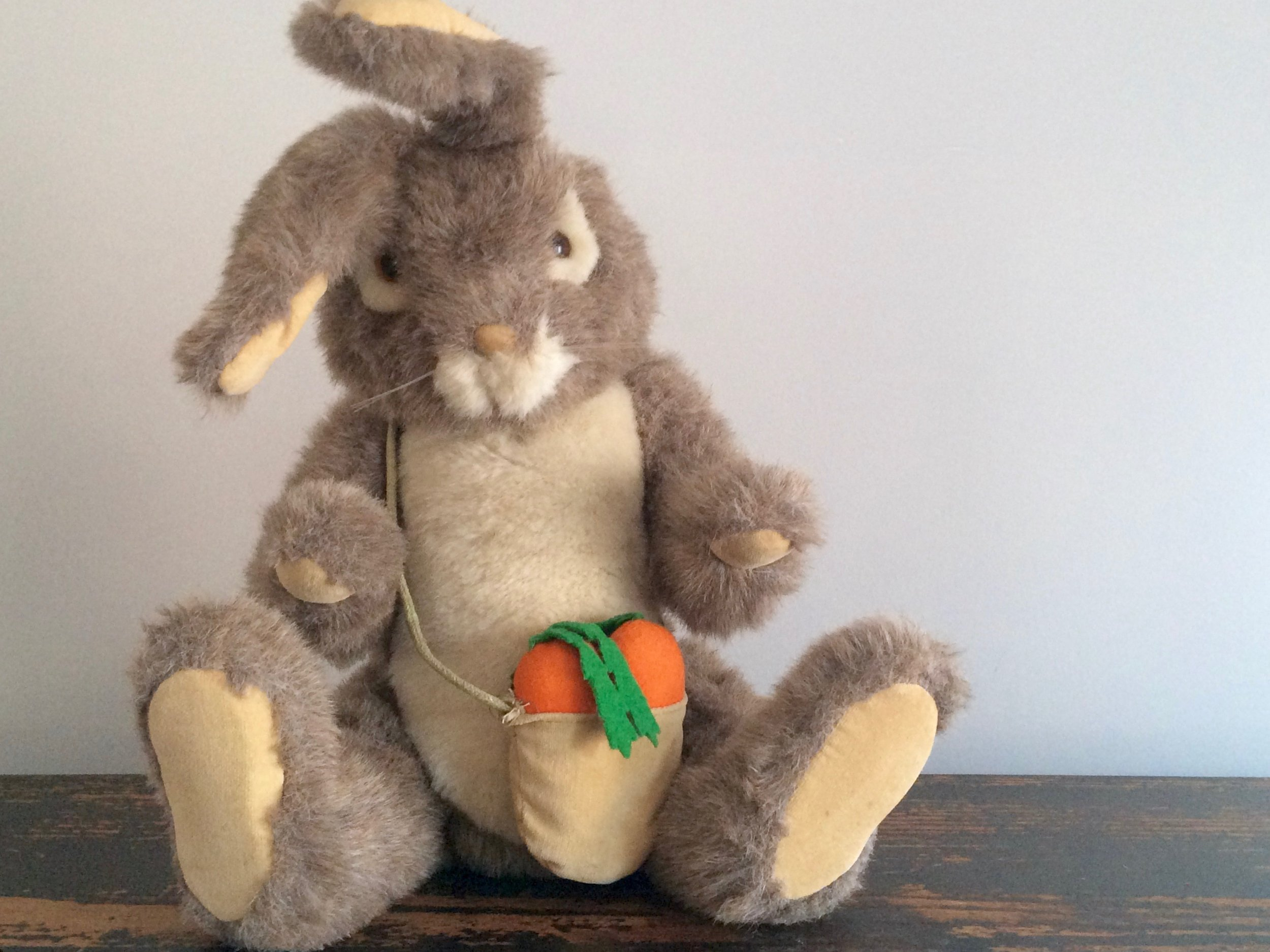Dakin Rabbit 1983