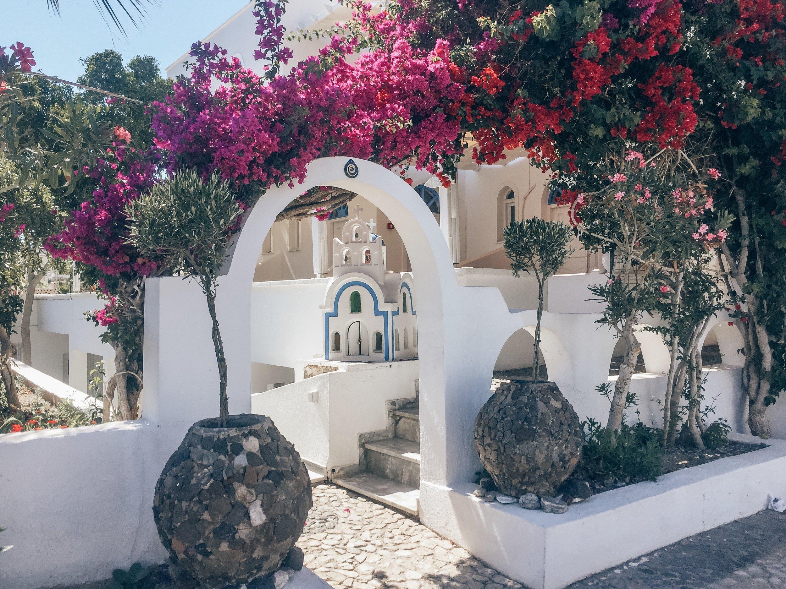 Bluelife Studios Santorini Greece – Kessler Ramirez