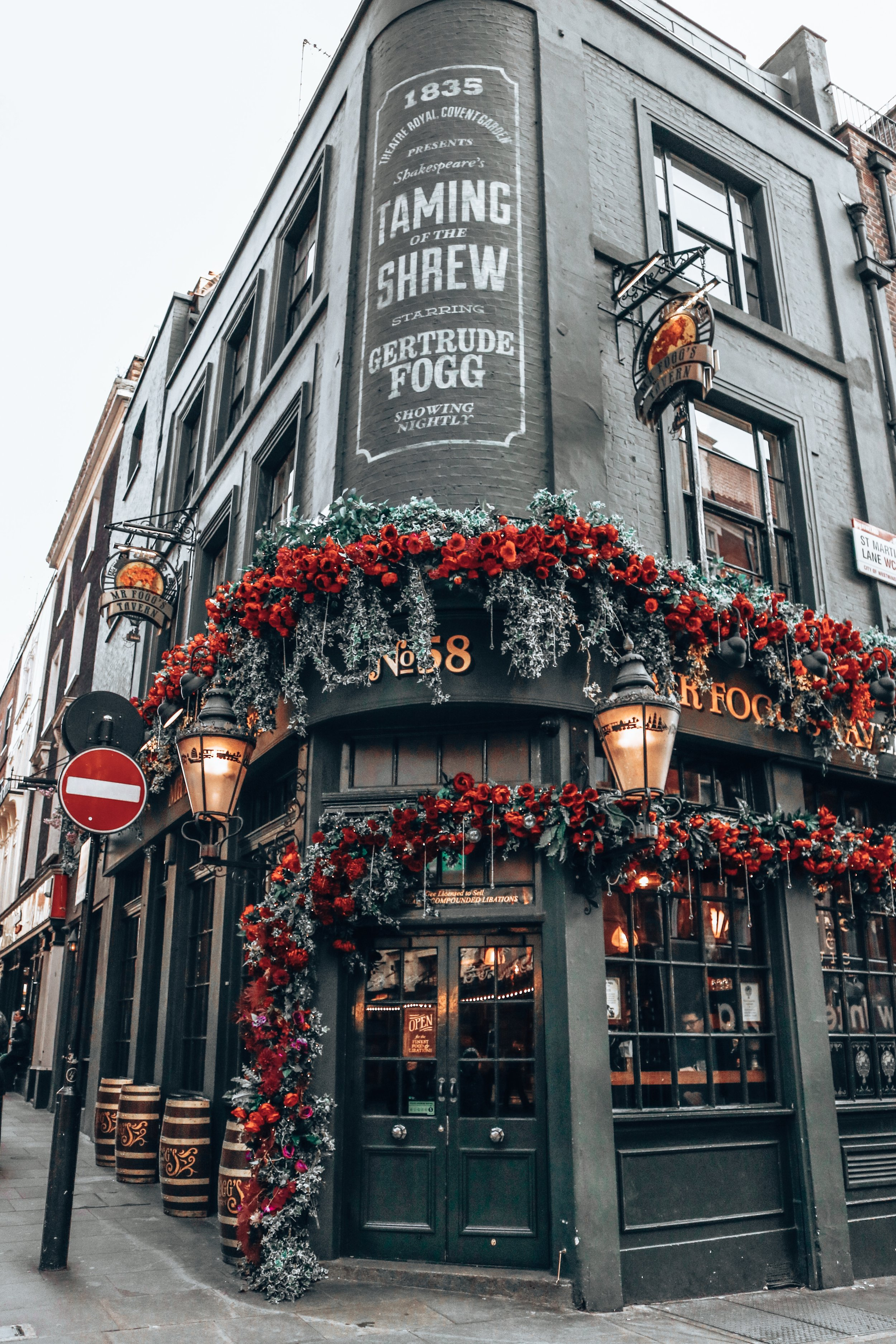Covent Garden in London Mr. Fog's Tavern