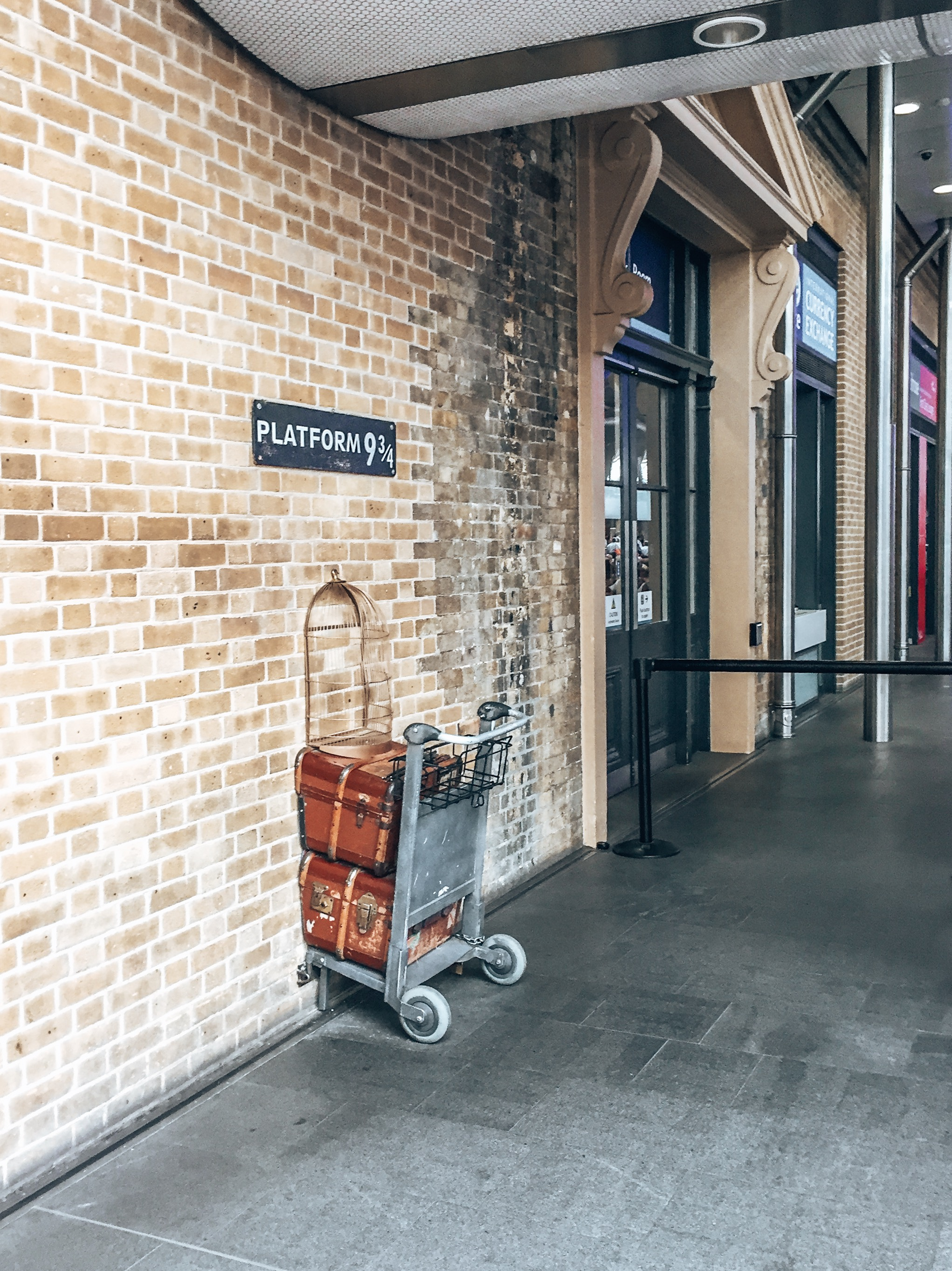 Platform 9 3/4 Harry Potter Kings Cross Station London