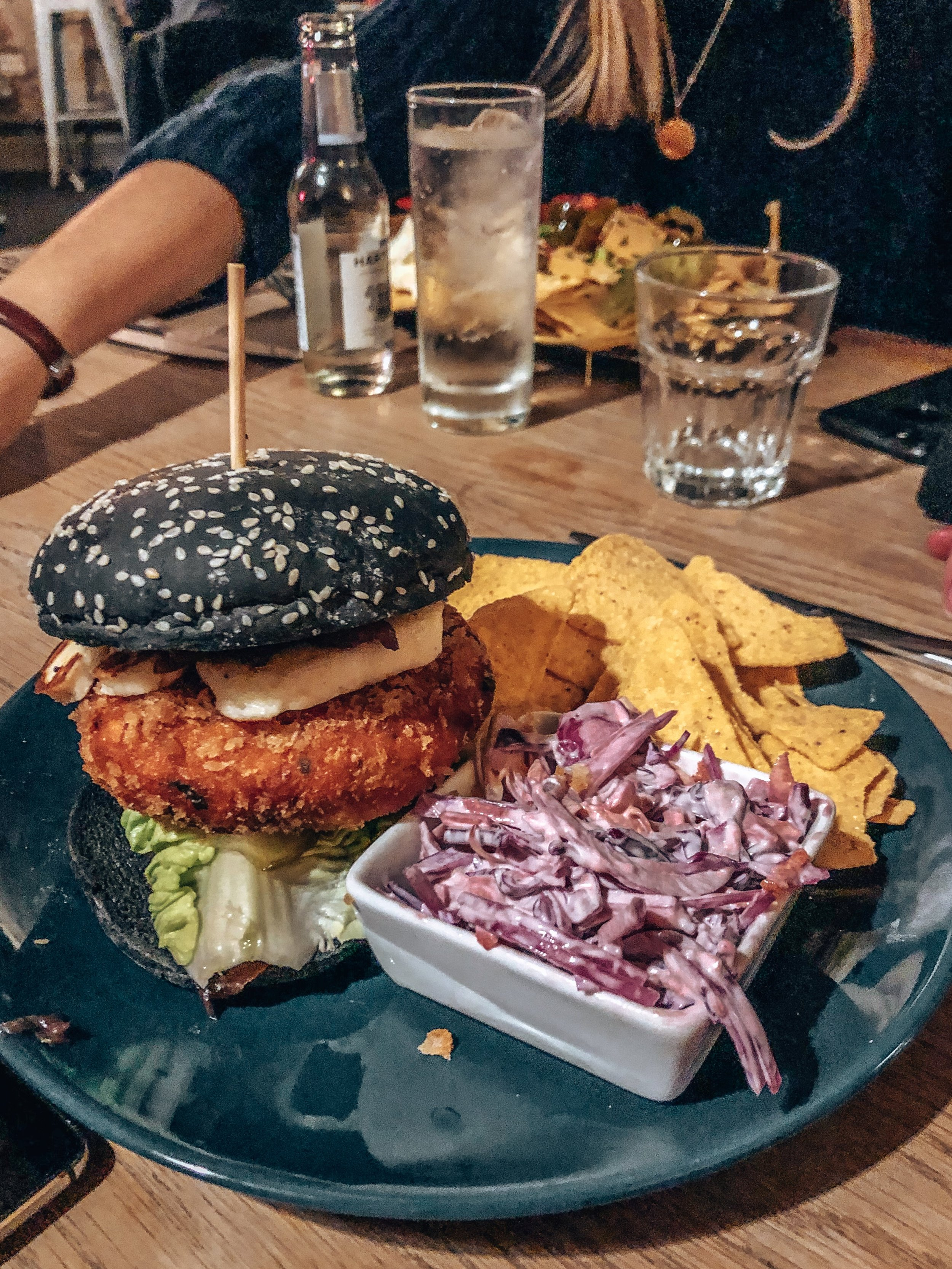 Draughts Hackney London halloumi burger – Kessler Ramirez
