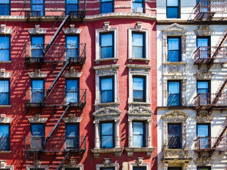 New-York-City-Background-Textu-77221688-780x585.jpg