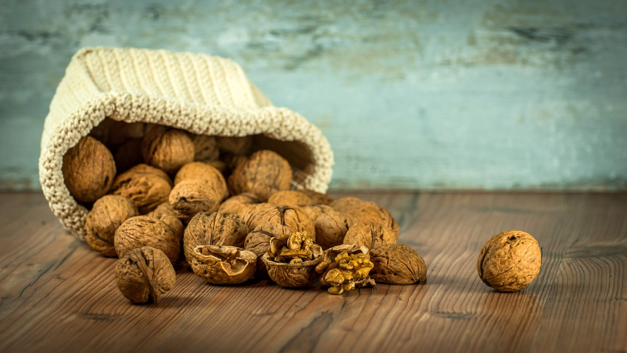walnuts-1213008_1280.jpg