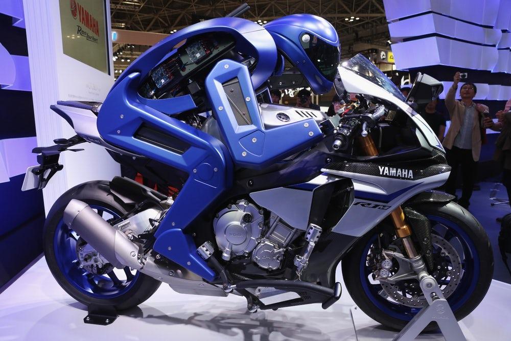 yamaha-motobot-motorcycle-riding-robot-4.jpeg