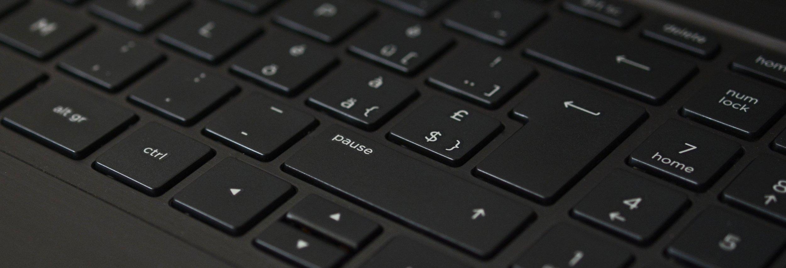 keyboard-black-notebook-input-163130.jpeg