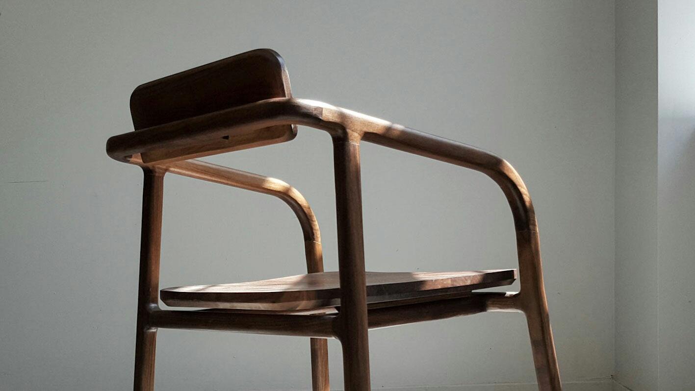 Chaise par FnY