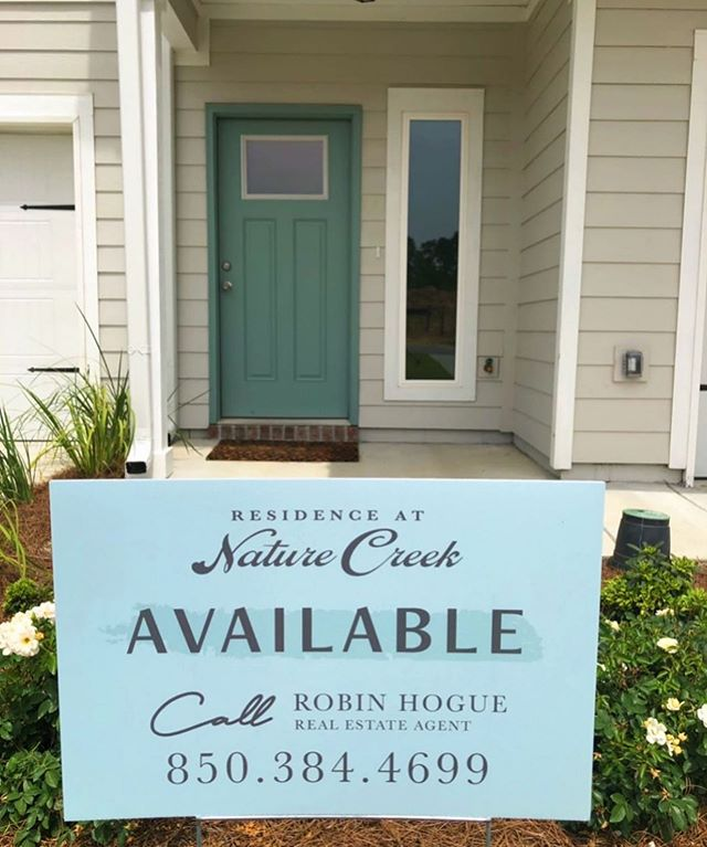 They're selling fast!!💨 Come check out our model homes and get your Nature Creek townhome today😊🏡