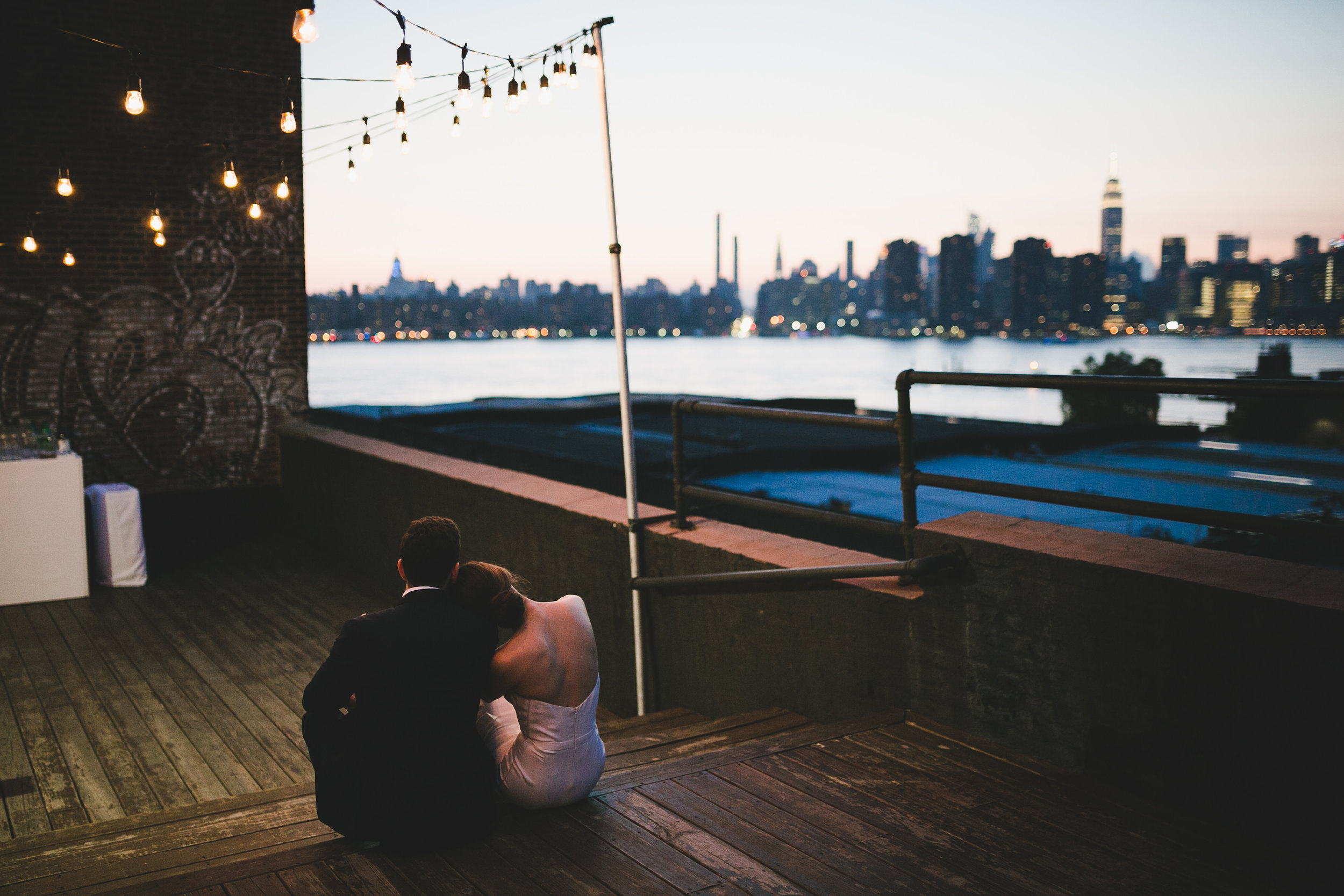sophisticated-brooklyn-wedding-greenpoint-loft-IG35.jpg