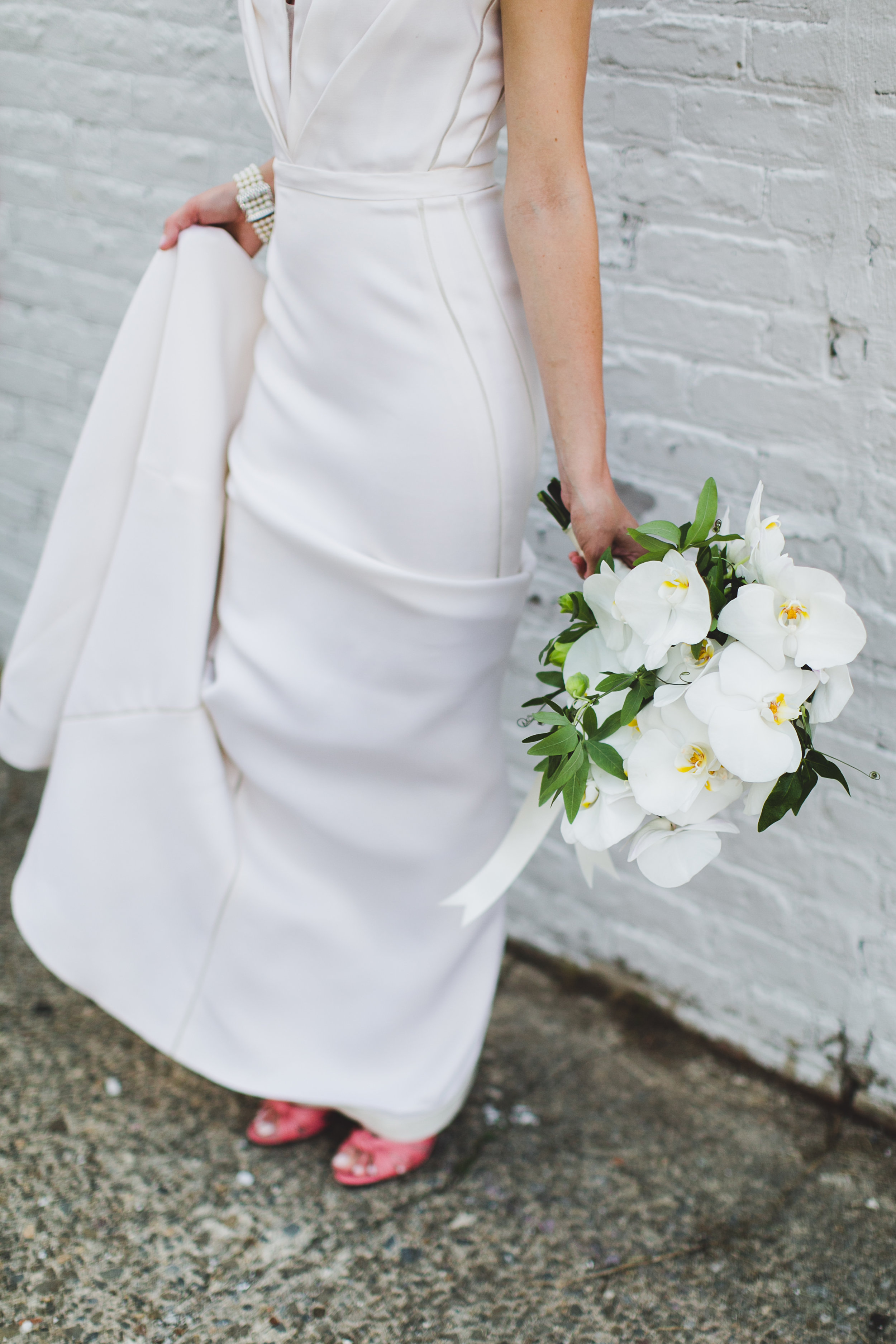 sophisticated-brooklyn-wedding-greenpoint-loft-IG30.jpg