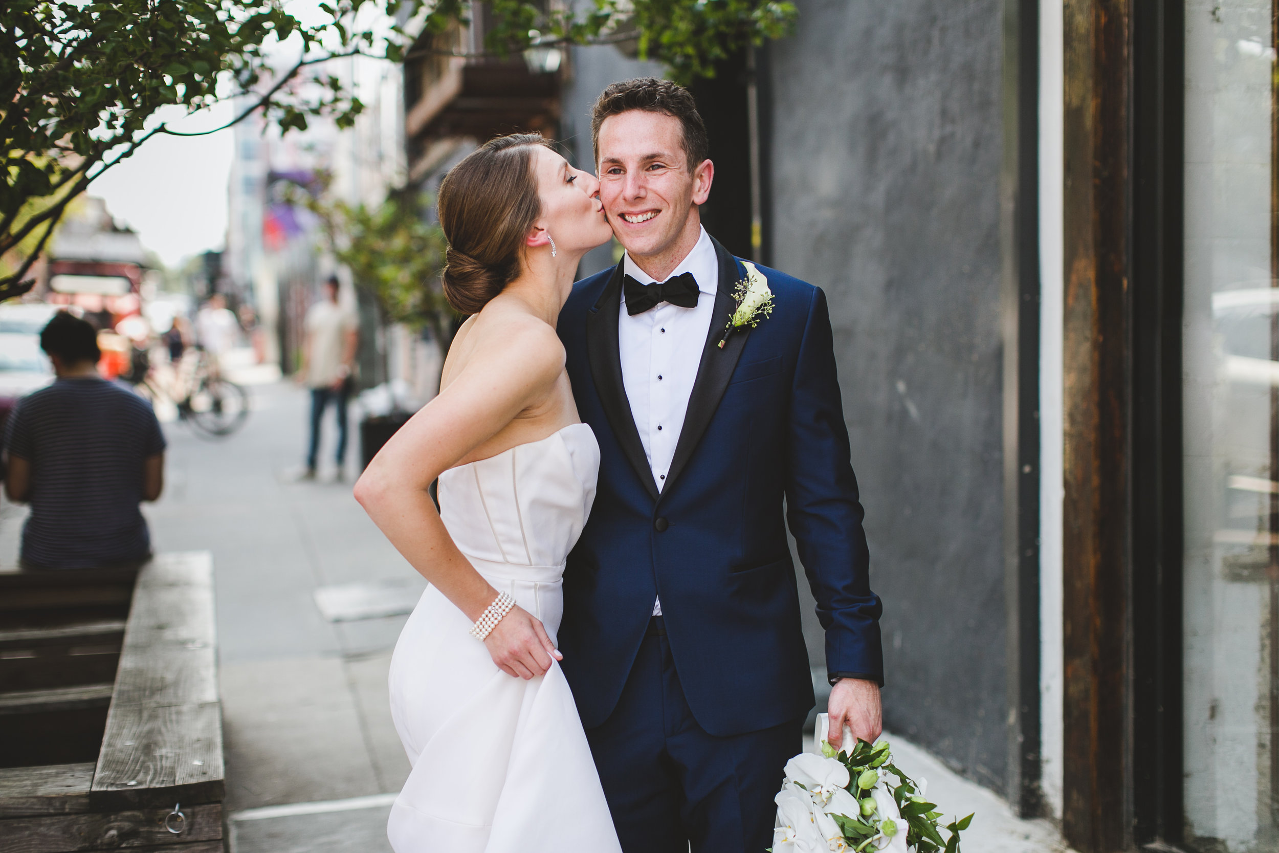 sophisticated-brooklyn-wedding-greenpoint-loft-IG29.jpg