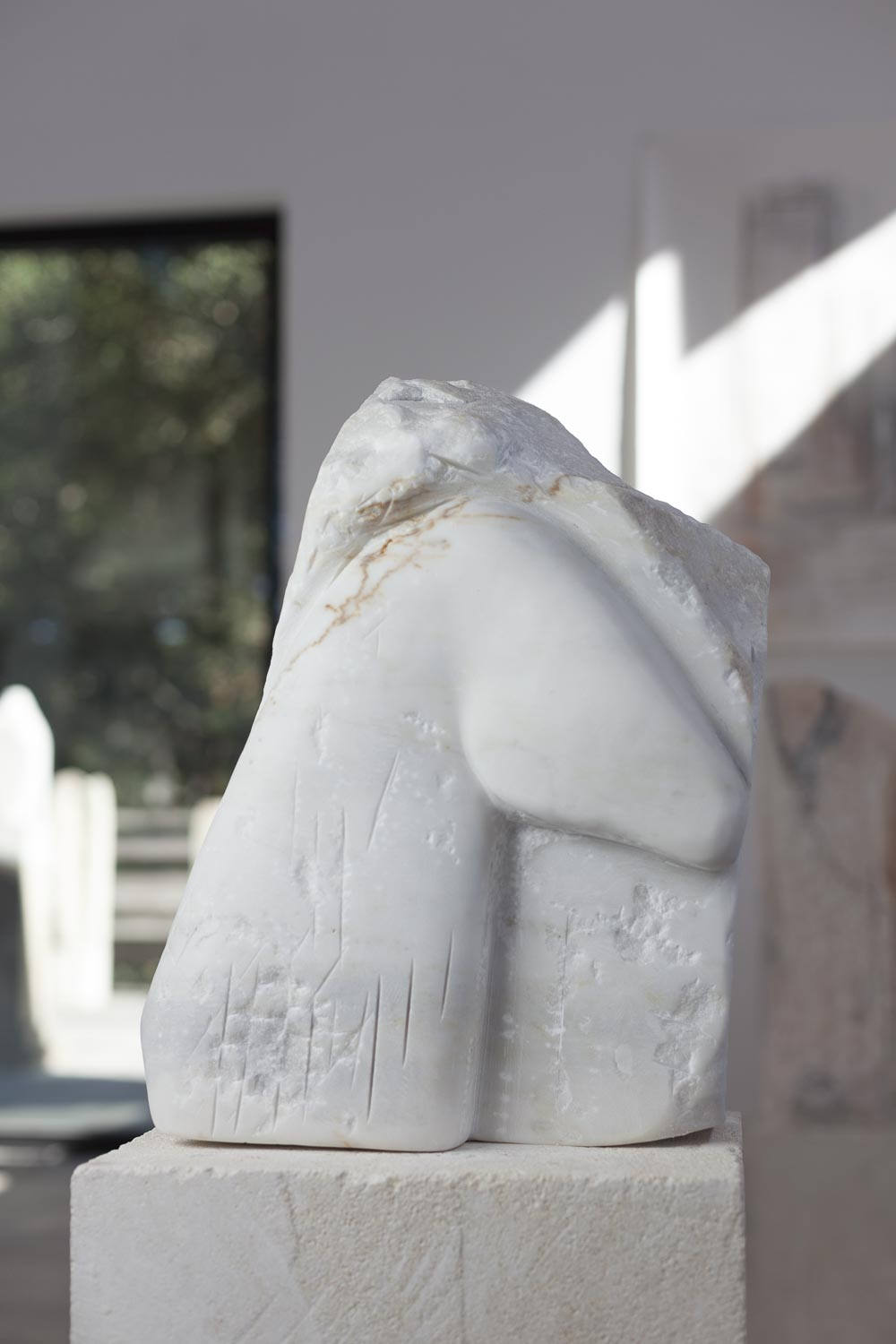Marble_Horse_Relief_figure_detail_front_gd.jpg