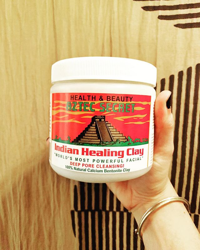 Calcium Bentonite Clay - one of my favorite diy beauty items! . This is great for face masks, baths, foot soaks, and more! . This is perfect for facials for me and my acne prone skin because it deep cleans my pores and removes dead skin! . I purchase it at @central_market but it's available in the beauty section of many health food stores. . Add equal parts clay to apple cider vinegar for a face mask that has helped me take control of my skin. It removes dirt, balances oils, refined skin, and makes me feel so fresh and clean! . I LOVE diy beauty items because they are simple, cheap, and most importantly they connect me to my body. ✨ . Do you have a favorite diy beauty item or routine? Tell me what it is in the comments! I'd love to try it out! . . . . . #clay #facials #facemask #homefacial #cheapfacial #beauty #simplebeauty #cleanbeauty #calciumbentoniteclay #worldsmostpowerfulfacial #health #skin #organ #detox #baths #claybath #mudbath #radiantandabundantlife #radiantandabundantkitchen #onlinenutritioncoach #onlinecourse