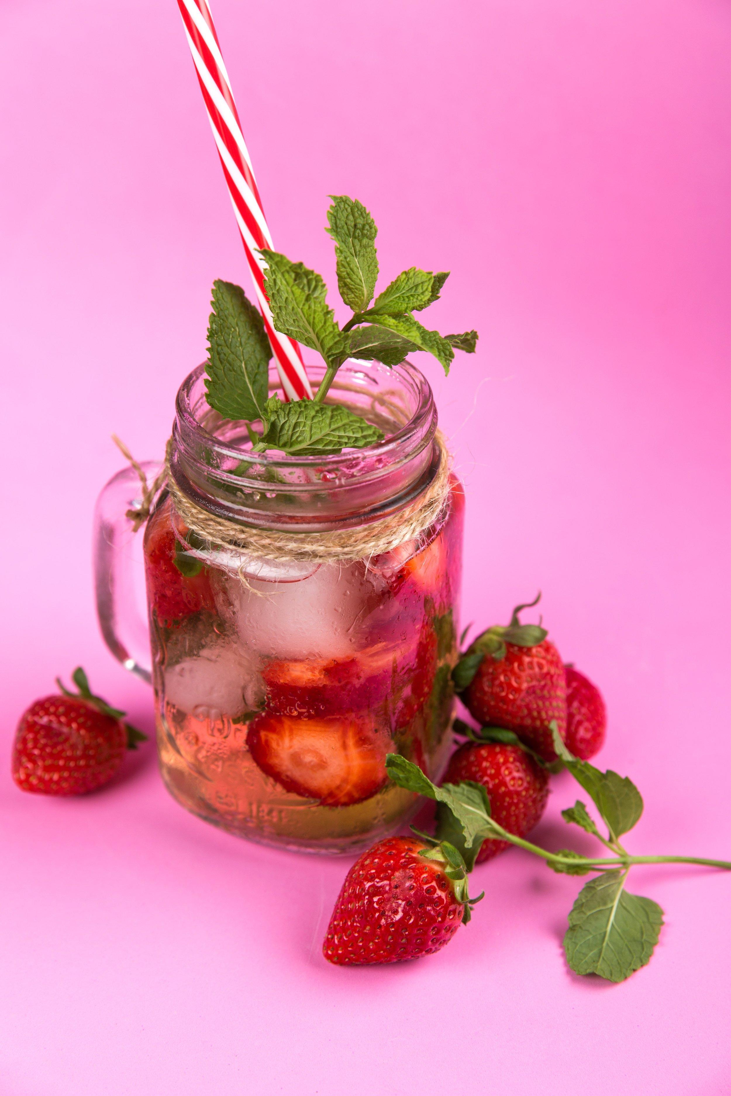berries-beverage-cold-616841.jpg