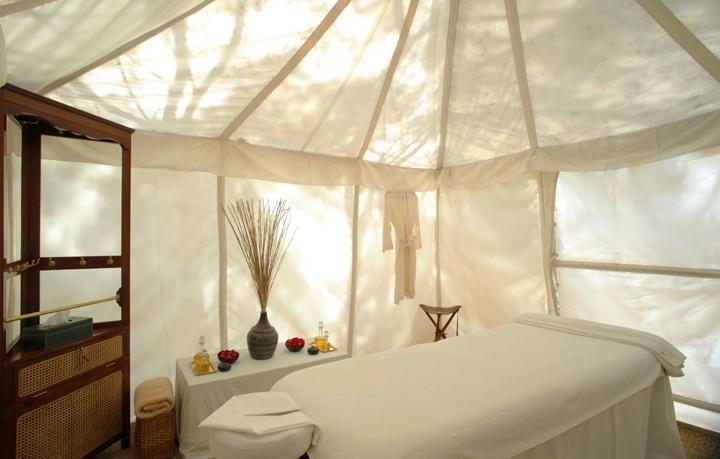Premium Service tent.