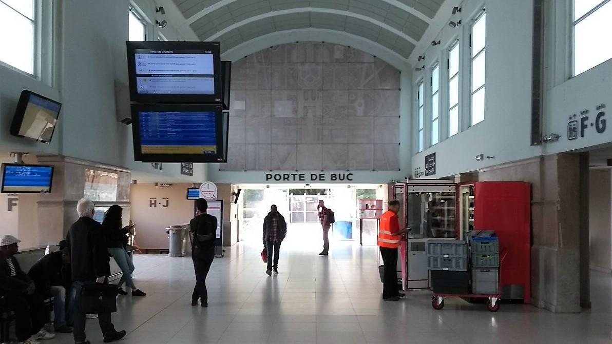 Porte de Buc 1.jpg