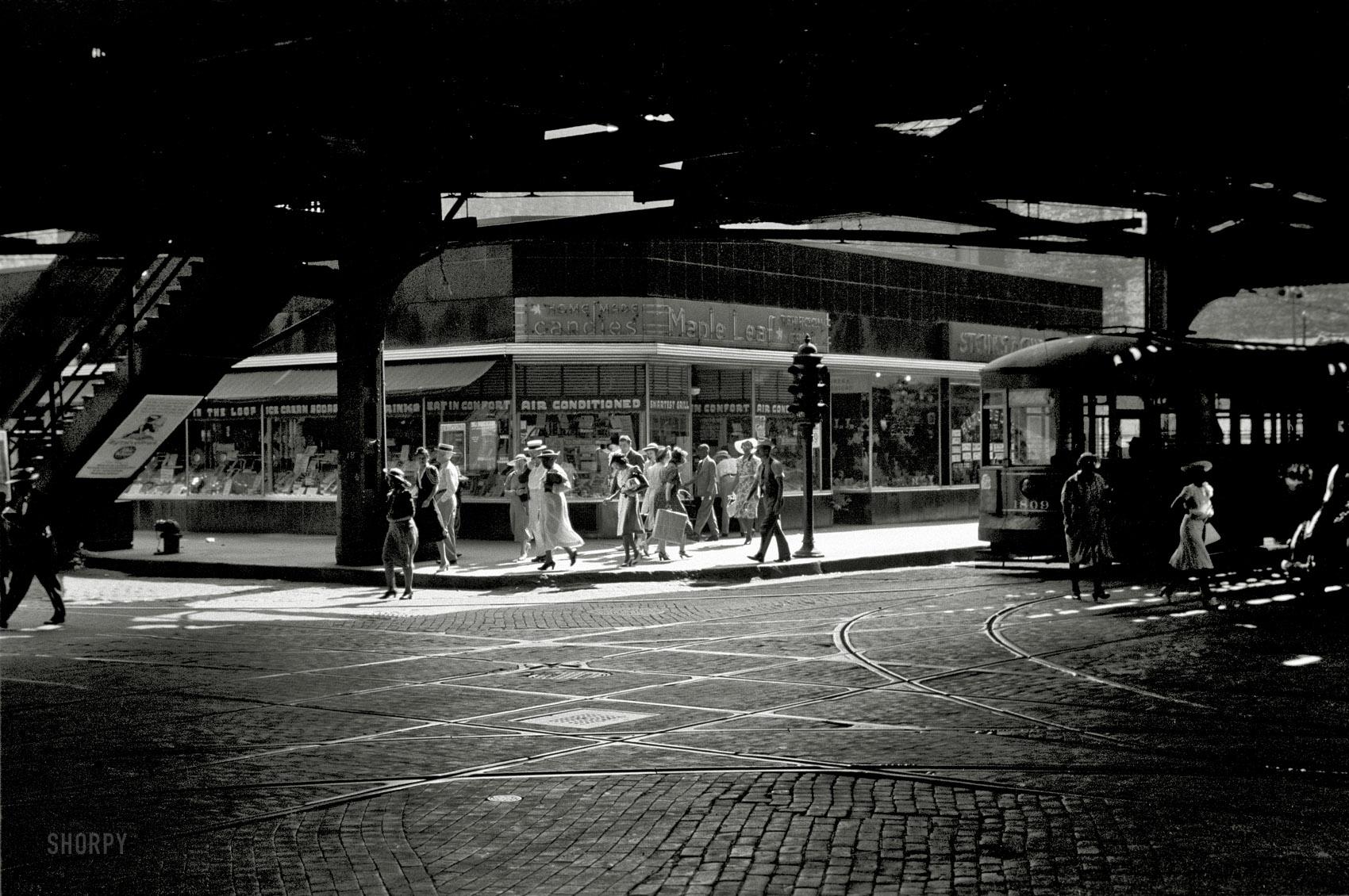 Chicago, Under the L, 1940