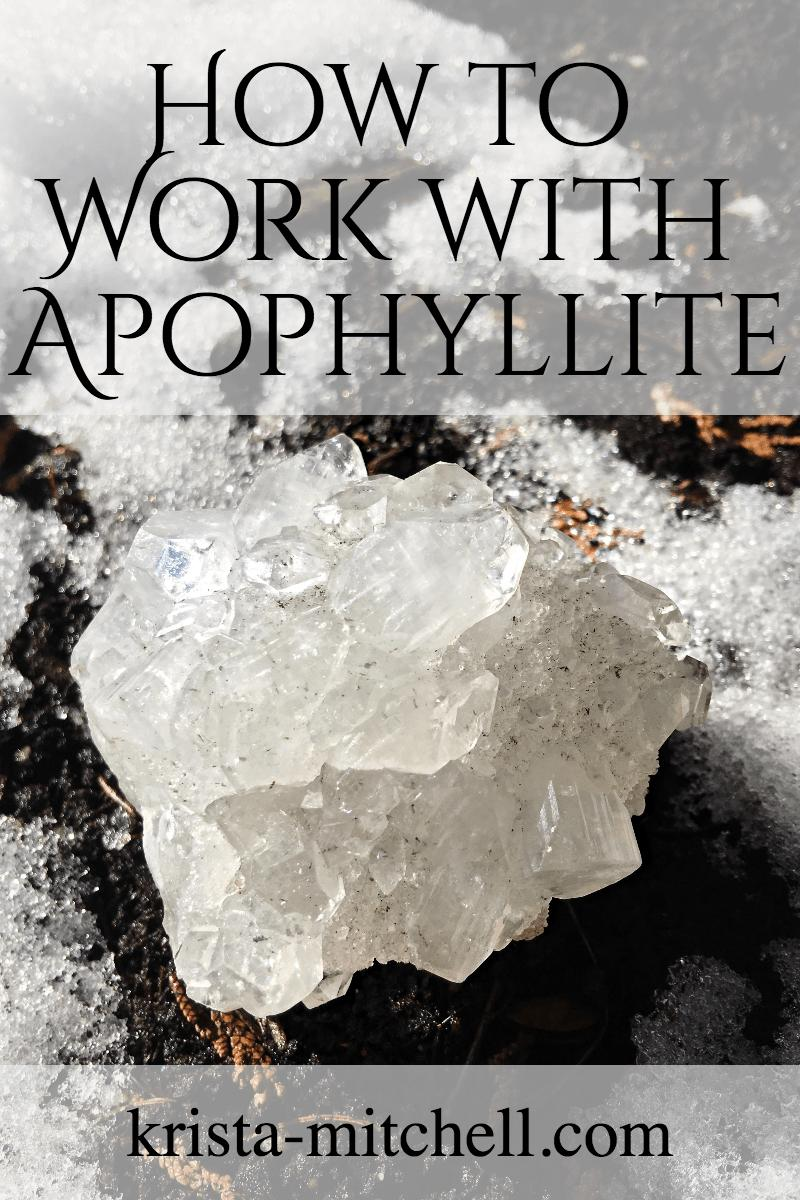 Apophyllite is a high frequency crystal of higher wisdom, higher realms, and our higher selves, that helps free us of our fear or ego-based minds, and amplifies healing energy. Here's how to work with it: