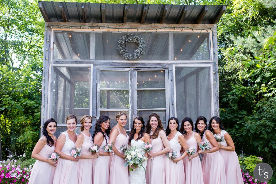 minnetonka orchards wedding photography and best minneapolis wedding phtoographer25.jpg