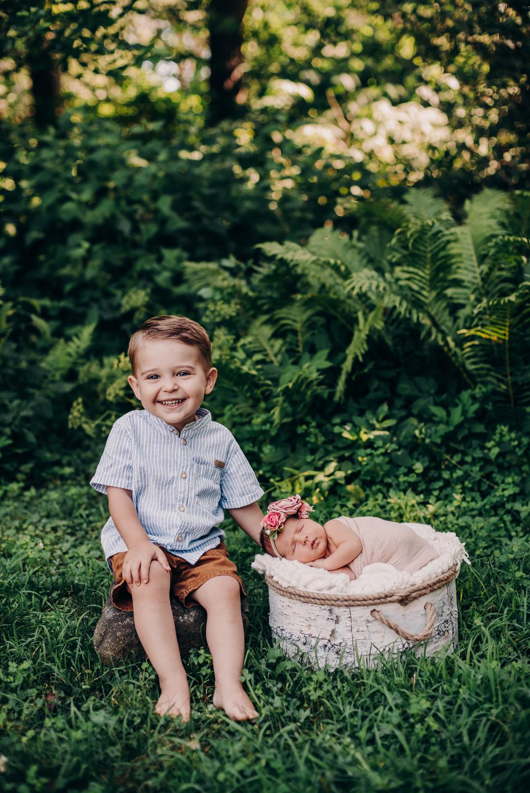 TerraSuraPhotography-Sloane Vasseur Family Newborn-Web-4498.jpg