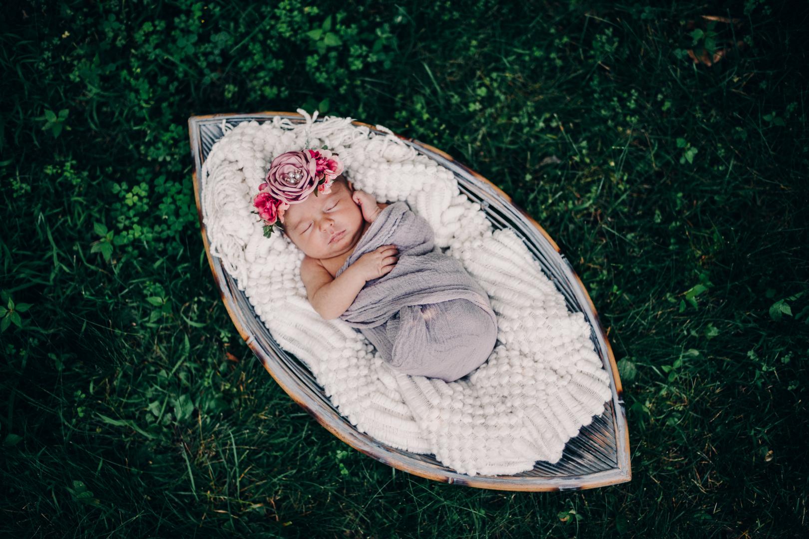 TerraSuraPhotography-Sloane Vasseur Family Newborn-Web-5338.jpg