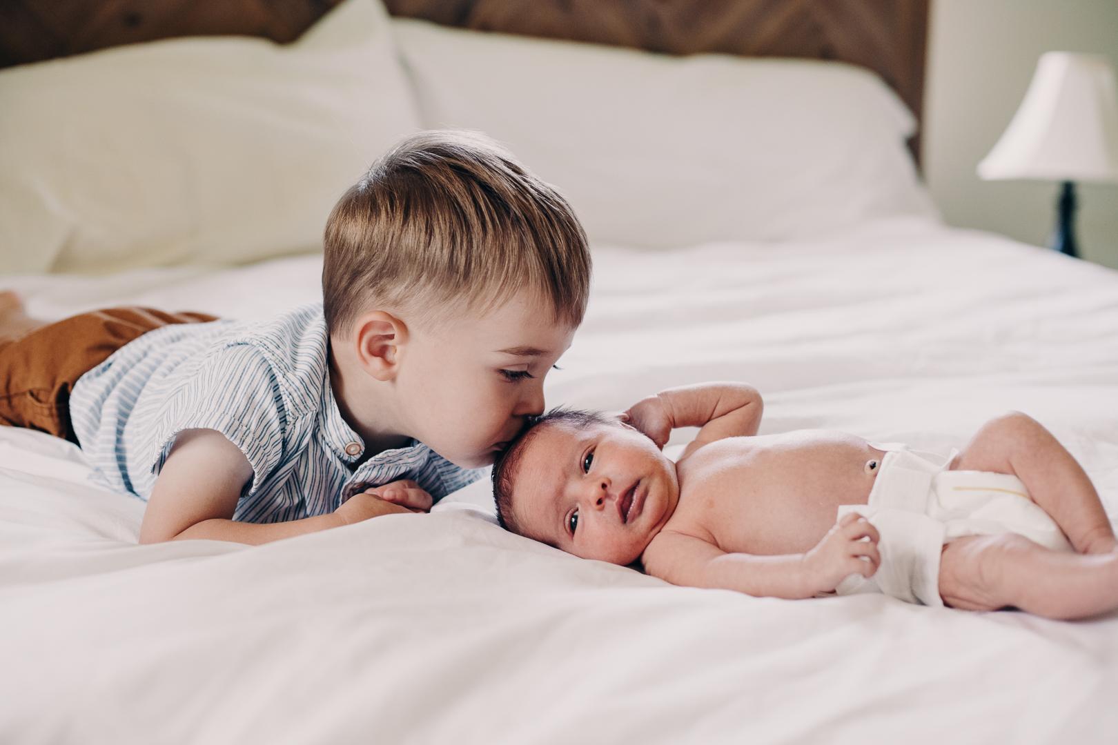 TerraSuraPhotography-Sloane Vasseur Family Newborn-Web-5464.jpg