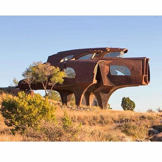 Steel House by artist and inventor Robert Bruno in Ransom Canyon, TX (1973-2008) constructed from 150 tons of blackened steel, welded by hand. #robertbruno #laboroflove #literally