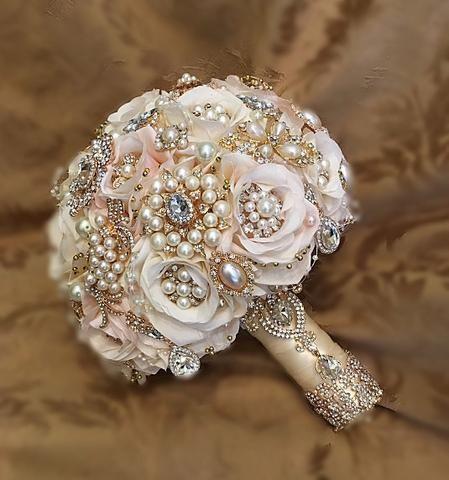 brooch bouquet.jpg