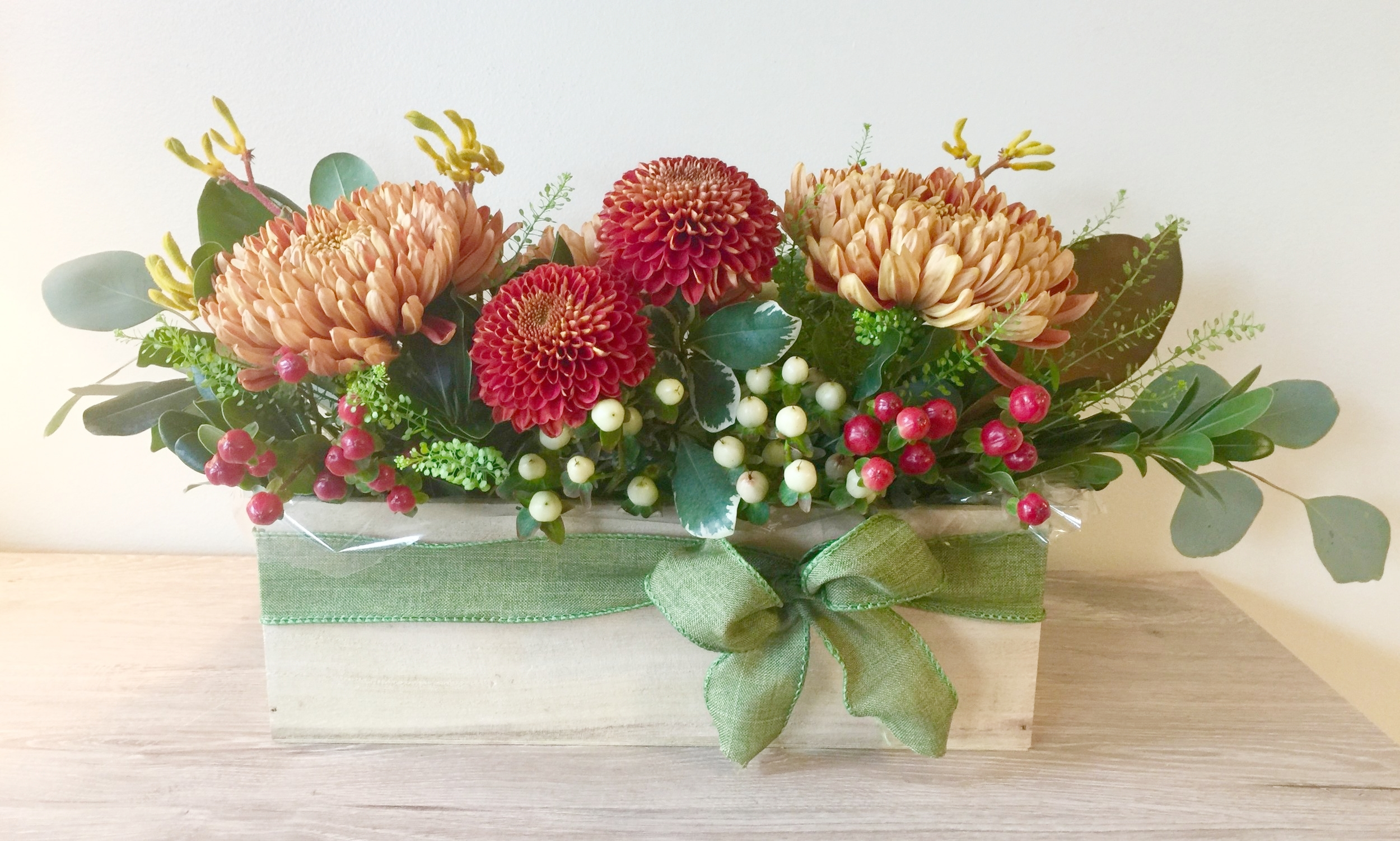 Create this beautiful Thanksgiving centerpiece for your table or a hostess gift