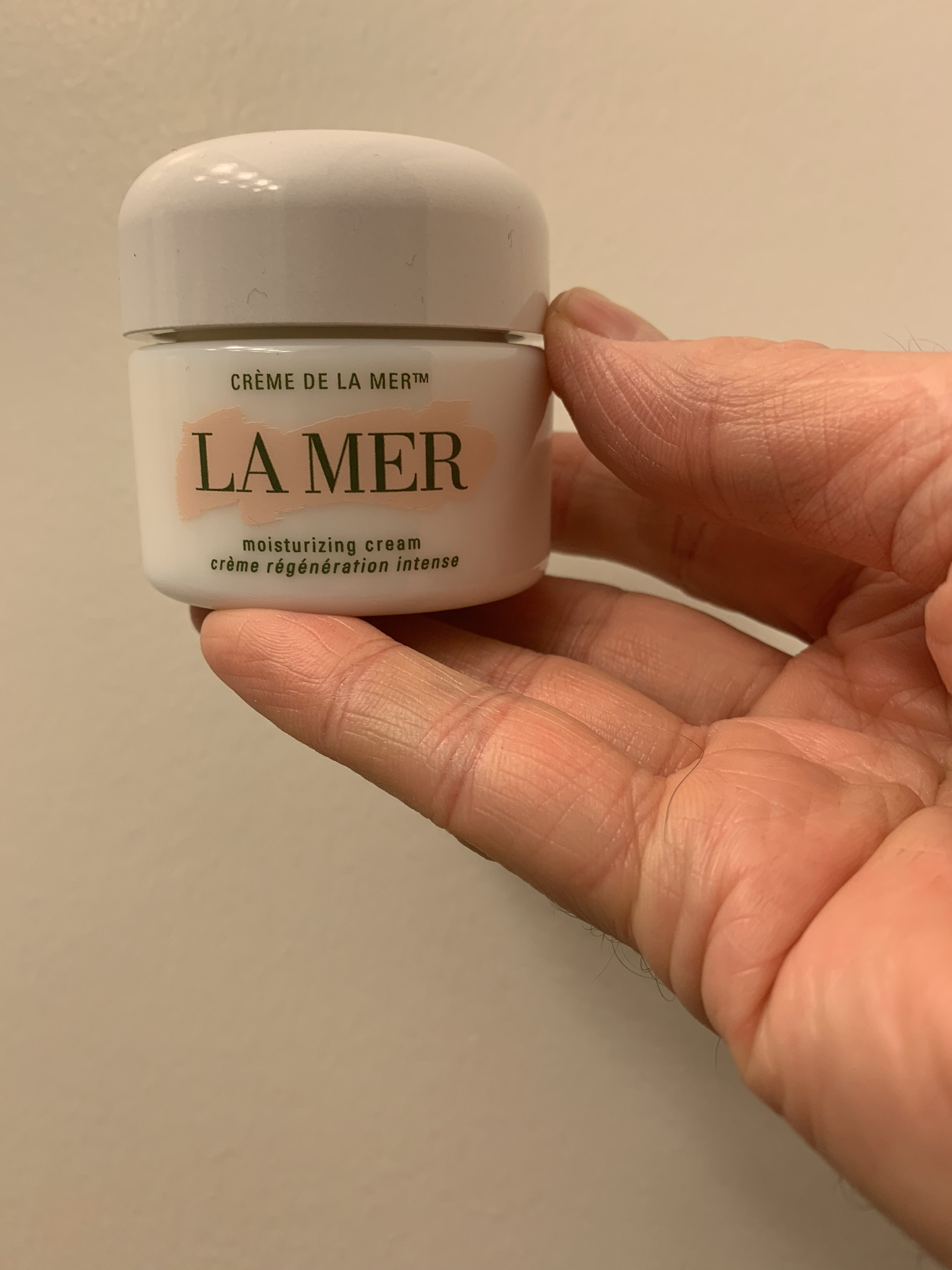 I used La Mer's iconic Creme de la Mer cream on the left side of my face each morning.