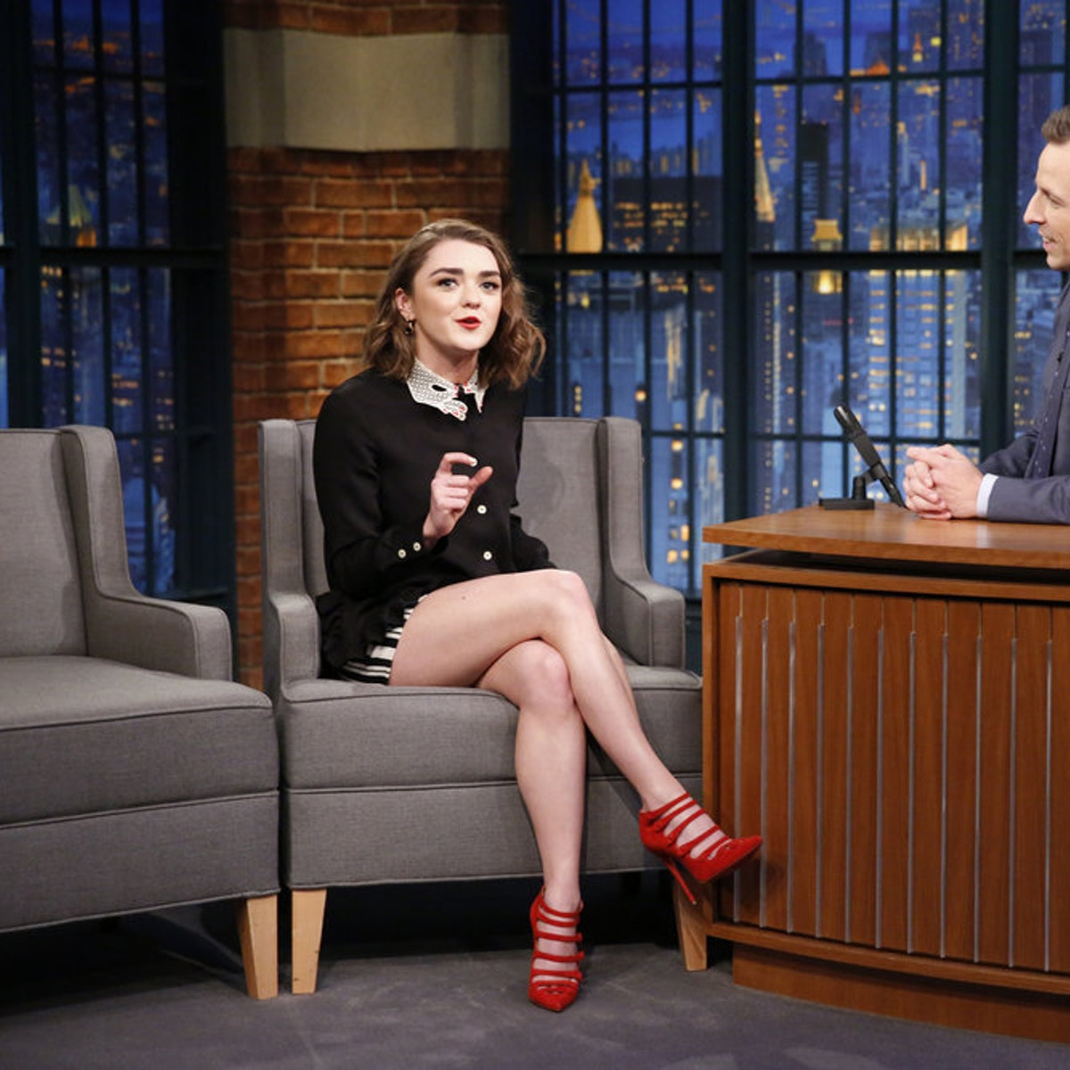 maisie-williams-on-the-late-show-with-seth-meyers.jpeg