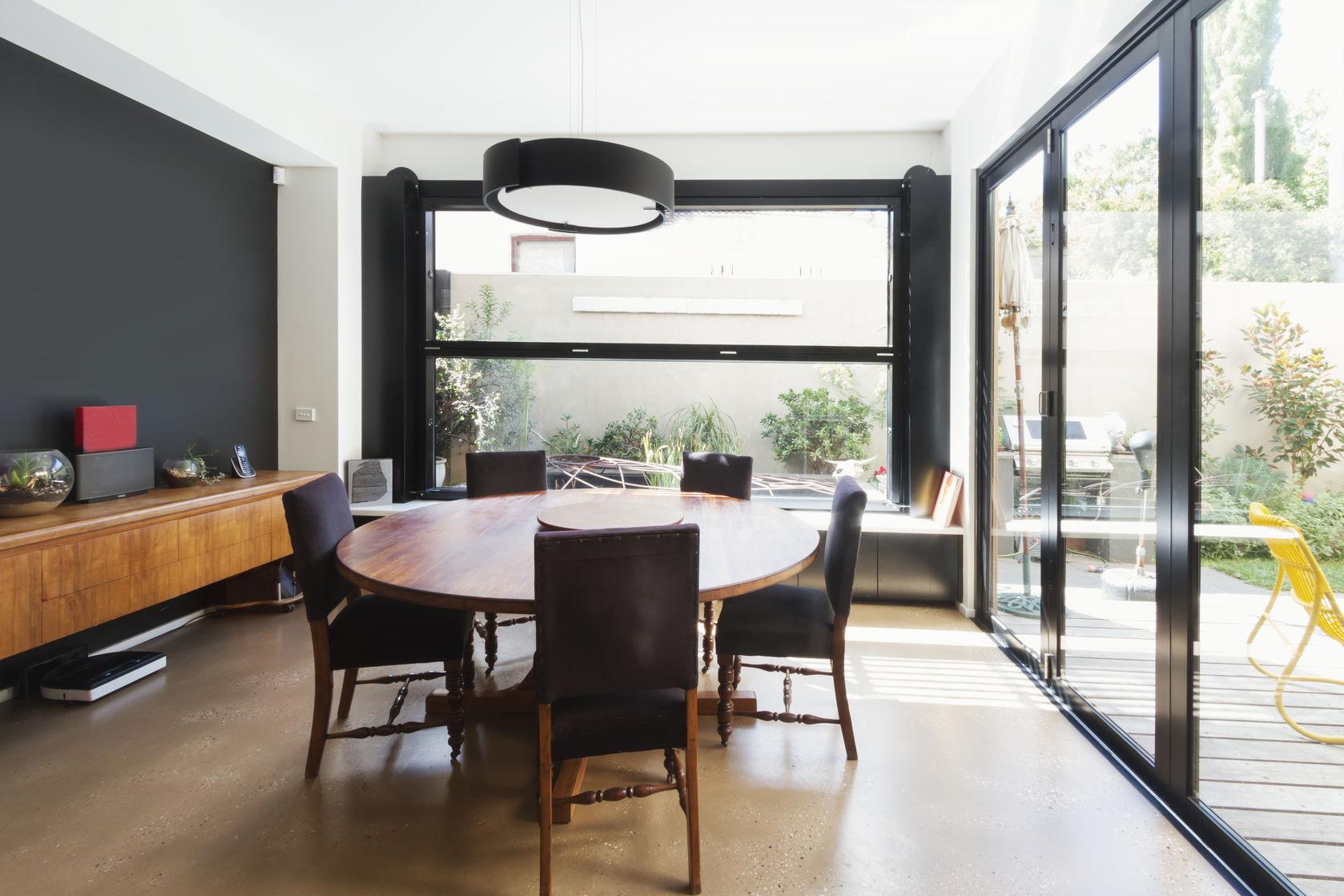 Besoin de pousser les murs et d'agrandir votre maison ?      Recevez des devis de maîtres ŒUVRE & Architectes sous 48h !