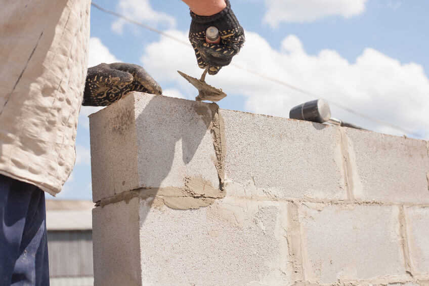 WorkAdvisor Devis Macon Maconnerie Mur de cloture Rénovation Extension Maison Cout Budget Travaux.jpg