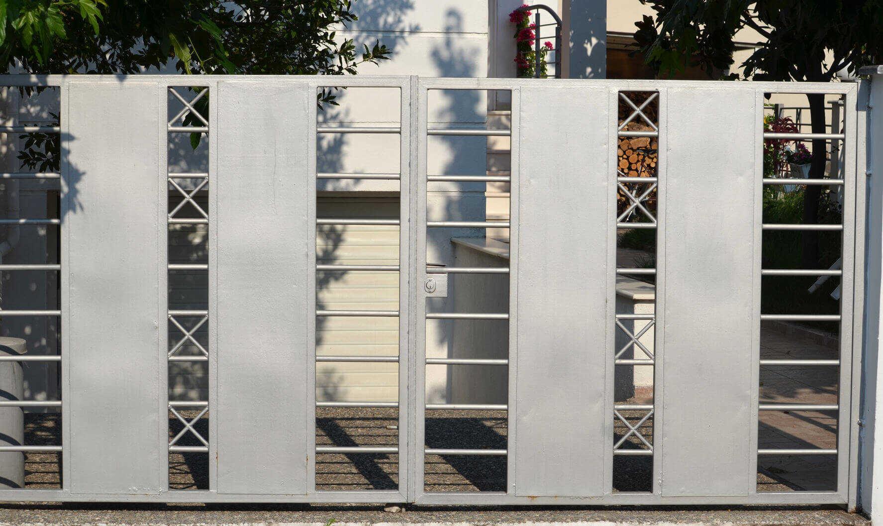 WorkAdvisor Devis Artisan Menuisier Portail Cloture Menuisier Rénovation Maison Appartement Cout Budget Travaux.jpg