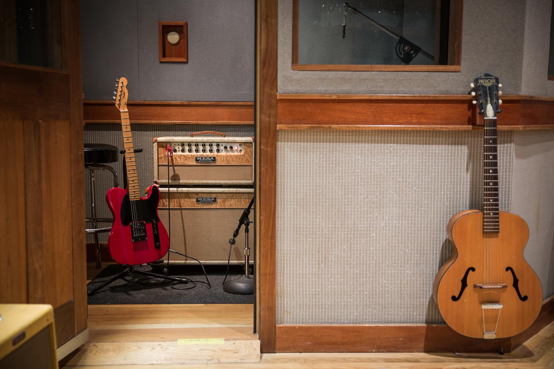 A-Studio-Guitars-Isobooth.jpg