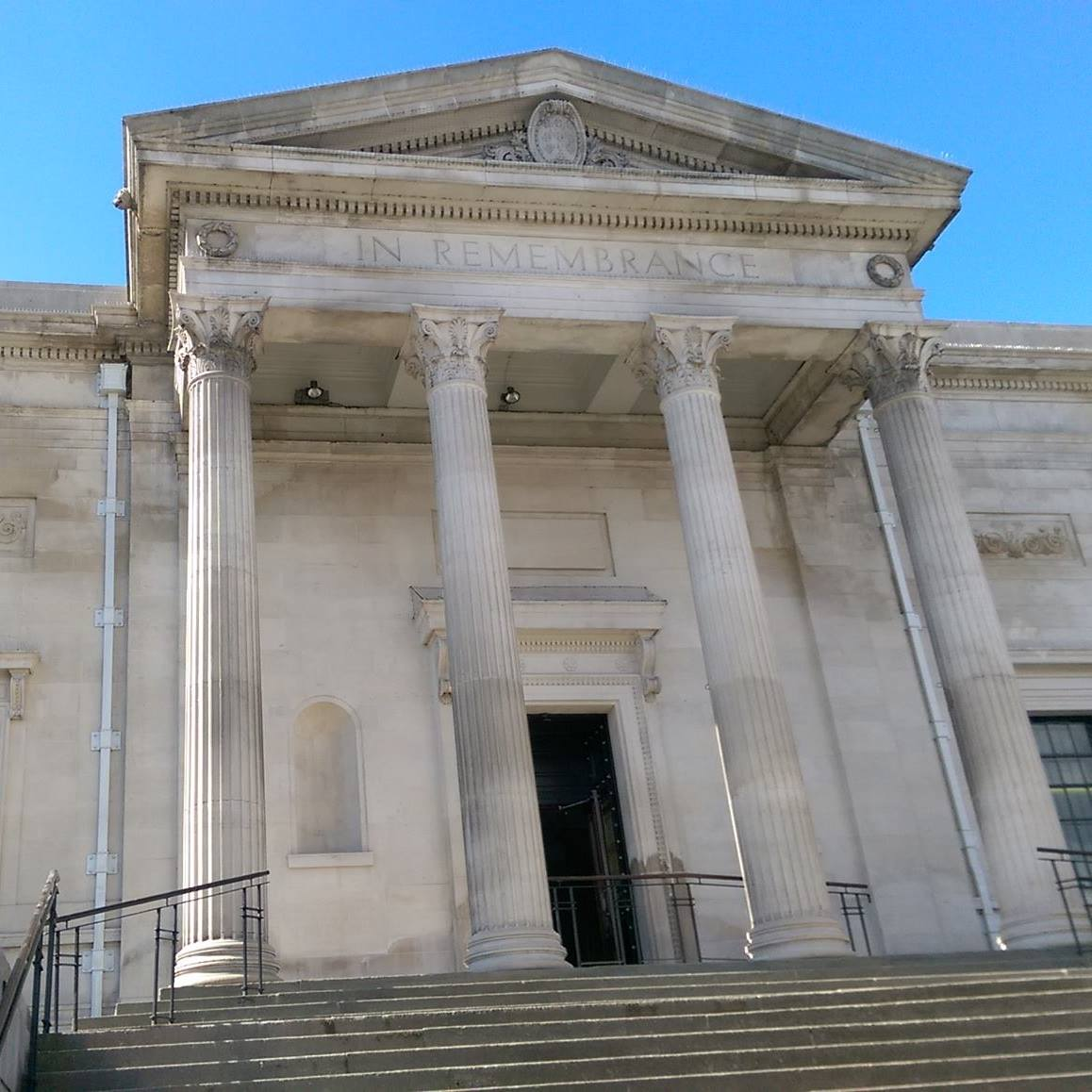 Stockport War Memorial Art Gallery.jpg
