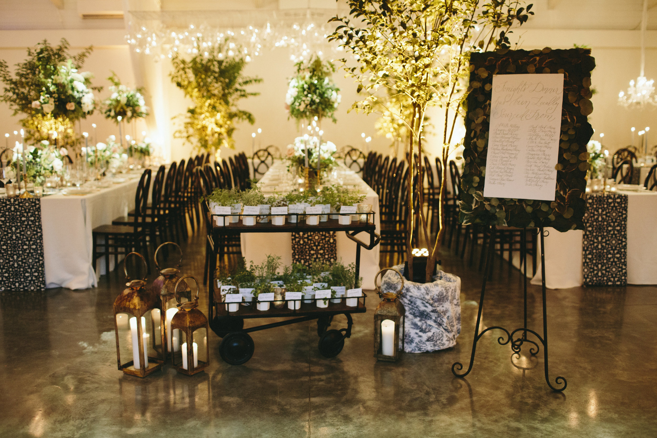 c8967-lauren26dylan27srestaurantinspiredweddingreceptionlauren26dylan27srestaurantinspiredweddingreception.jpg