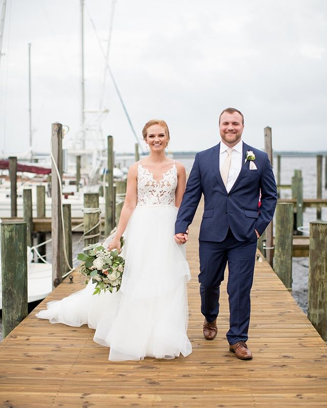 May your Labor Day be spent waterside with the ones you love. Cheers, y'all! 🇺🇸 #gathertogetherweddings 📷 @kmjphoto as featured on the cover of @southernbrideandgroom