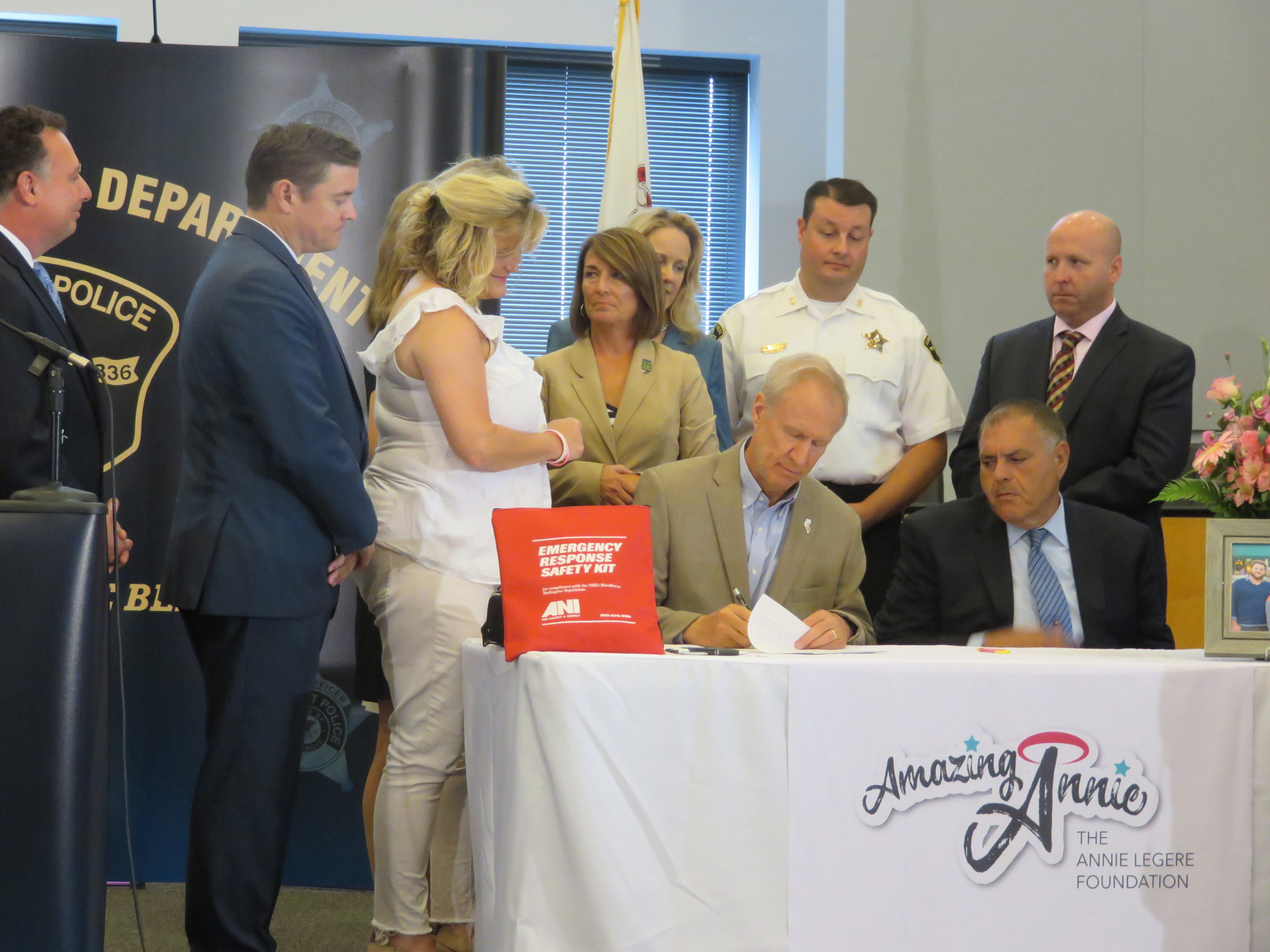 Illinois Governor Bruce Rauner, Shelly LeGere, Senator Chris Nybo, Pete DeCianni, Representative Deb Conroy