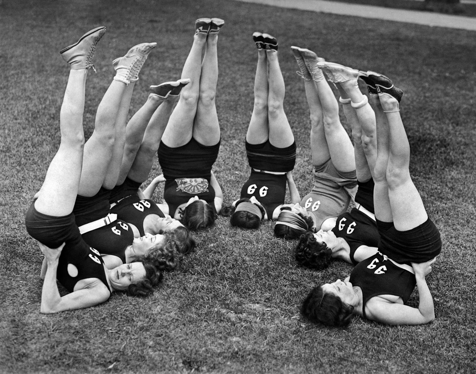Ladies Doing Exercise in the 1920s (10).jpg