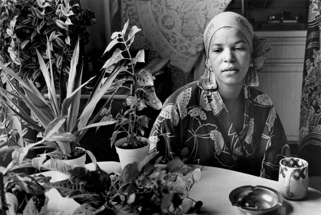 Ntozake Shange, in 1976, resembled my sister, down to the leotard tops, scarves, earrings, and flowing skirts (with harem pants underneath) that they both sported during that decade. Photography by Sylvia Palchy.