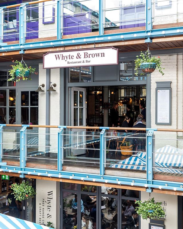 "If like me you can't seem to decide where to eat and end up in a downward spiral of ""ummm I don't mind, what do you want?"" Kingly Court is the place for you! With over 19 bars and restaurants you will find something you like 👌🏻 #travellingthroughtheworld #visitlondon #Mylondon #timeoutlondon #london #Thelondonlifeinc #LondoncityWorld #MySecretLondon #uk #thisisLondon #photooftheday#Photosofengland #londonforyou #sony #igworldclub #just_features #justgoshoot #ig_masters #moodygram #nightshooters #shootermag #hubs_united #global_hotshotz #Meistershots #imaginatones #urbanaisle #urbanromantix #urbangathering #ig_worldclub #main_vision"