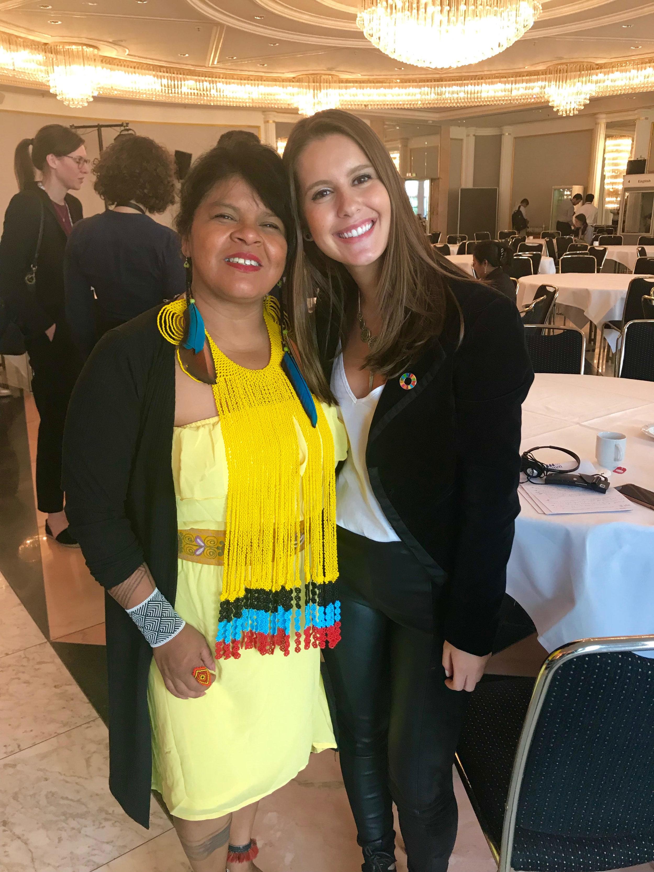 Renata Koch Alvarenga, Diretora do EmpoderaClima, conversou com Sônia Guajajara no GLF Bonn 2019 sobre direitos indígenas e feminismo, e falou com ela sobre nossa nova plataforma!