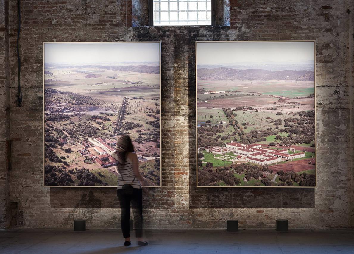 Antes y después en el Alentejo: el respeto al entorno premiado en Venecia.