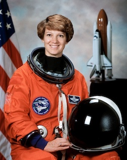 Space commander Col. Eileen Collins